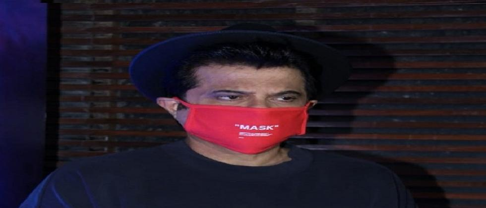 Anil Kapoor wore a three thousand mask